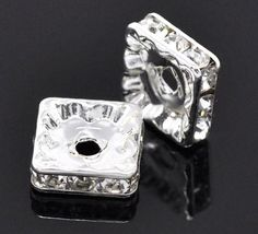 Pack of 5 Rhinestone Squaredelle  6mm  Silver /& Peridot