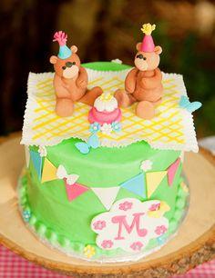 Backyard Teddy Bear Picnic Party {Girls Birthday}The Cake