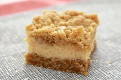 If you love lemons, then you're going to LOVE these Creamy Lemon Crumble Bars with an oaty base, creamy lemon filling and crunchy crumble on top! Lemon Desserts, Lemon Recipes, Gluten Free Desserts, Sweet Recipes, Baking Recipes, Delicious Desserts, Cake Recipes, Dessert Recipes, Yummy Food