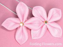 Folding Flowers - Zieria Pink Crystal flower tutorial at FoldingFlowers.com Kanzashi Tutorial, Flower Tutorial, Kanzashi Flowers, Flower Petals, Australian Flowers, Crystal Flower, Tutorials, Crystals, Pink
