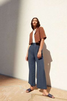 Look Fashion, Fashion Outfits, Womens Fashion, Fashion Trends, Fashion Mode, Casual Outfits, Cute Outfits, Beige Outfit, Wide Trousers