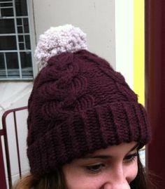 Patron gratuit d'un bonnet à torsades en Rapido de chez Phildar.