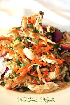 Vietnamese chicken and mint salad - Recipe: Vietnamese chicken and mint salad @ Not Quite Nigella - Mint Recipes, Asian Recipes, Healthy Recipes, Nigella Lawson Recipes Healthy, Healthy Vietnamese Recipes, Vietnamese Cuisine, Vietnamese Chicken Salad, Salad Chicken, Mint Salad