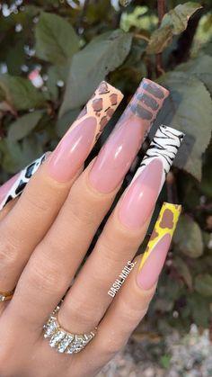 Safari Nails, Giraffe Nails, Cheetah Nails, Pink Toe Nails, Jade Nails, Aycrlic Nails, Creative Nail Designs, Creative Nails, Really Long Nails