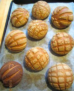 Brot & Meer: MEXIKANISCHE CONCHAS - SÜSSE MUSCHELBRÖTCHEN MIT ZIMT