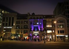 Washington, DC--Connecticut Avenue, NW is a great place to walk around and enjoy the bars, restaurants, stores and clubs in the area of Dupont Circle.