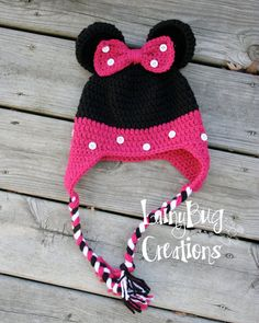 Minnie Mouse crochet hat by LainyBugCreations on Etsy, $20.00