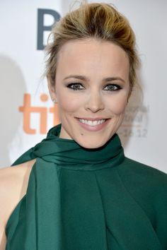 Rachel McAdams light makeup