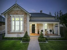 Colonial House Exteriors, Stone Exterior Houses, Country Home Exteriors, Cottage Exterior, Exterior House Colors, Stone Houses, Exterior Design, Up House, House Front