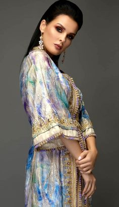 Morrocan Dress, Moroccan Caftan, Eid Dresses, Casual Dresses, Fashion Dresses, Dream Dress, I Dress, Reign Fashion, Kaftan Style