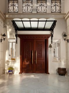 HappyModern.RU   Как сделать козырек над крыльцом (61 фото): создаем красивый вход в дом   http://happymodern.ru
