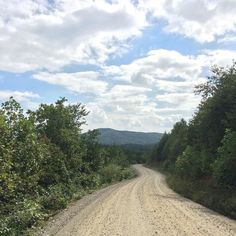 Country Road Take Me Home #nofilter #gooutside #southmountains #norcak #westernnc #getlostwithme #breathitin #GoldenValley