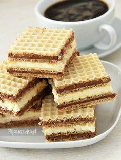 Wafelki z kremem Polish Desserts, Polish Recipes, No Bake Desserts, Dessert Recipes, Low Carb Side Dishes, Healthy Breakfast Smoothies, Allergy Free Recipes, Dessert Decoration, Happy Foods