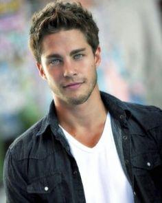 Dean Geyer - new guy on Glee