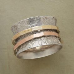 STUCCO SPINNER RING