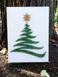 Christmas Tree String Art by on Etsy Cute Crafts, Holiday Crafts, Diy And Crafts, Arts And Crafts, Diy Christmas Cards, Christmas Art, Christmas Decorations, Nail String Art, String Crafts