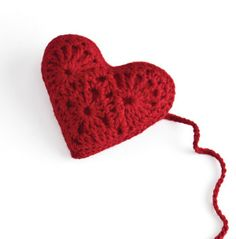 Free heart sachet pattern from Stitch Red in honor of Healthy Heart Month #crochet #heart #pattern #americanheartmonth #hearthealth #heartdisease