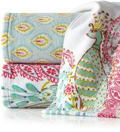 Dena Home Peacock Geometric Hand Towel
