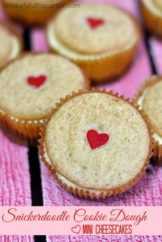 This year for Valentine's Day I combined two of my favorites to create these perfectly delicious Snickerdoodle Cookie Dough Mini Cheesecakes.  Combine cook