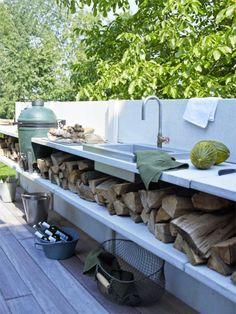 very nice outdoor kitchen