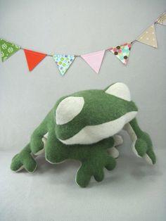Wool Frog by violastudio