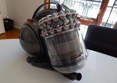 super aspirateur tout neuf avec tous les accessoires ! Location aspirateur Dyson anti-allergies à Quincy-Voisins - www.placedelaloc.com
