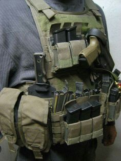 Airsoft hub is a social network that connects people with a passion for airsoft. Talk about the latest airsoft guns, tactical gear or simply share with others on this network Tactical Vest, Tactical Clothing, Tactical Survival, Survival Gear, Plate Carrier, Armas Airsoft, Battle Belt, Tac Gear, By Any Means Necessary