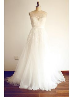 A-line Wedding Dress Sweep / Brush Train Scoop Lace / Tulle with Appliques / Beading - USD $149.99