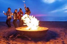 AMANDA JULCA Photographer www.amandajulca.com #losangeles #california #DockweilerBeach #westcoast #elmatadorbeach #malibu #Editorial #sunflare #styling #Lifestyle #sparklers #campfire