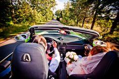 Bouquet de la mariée, rond, pivoines blanches et feuillage, Organisation de mariage dans le Lubéron, www.mariagedanslair.com