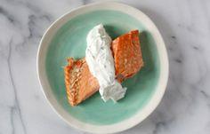 Salmón al horno con salsa de yogur | Blog de BabyCenter