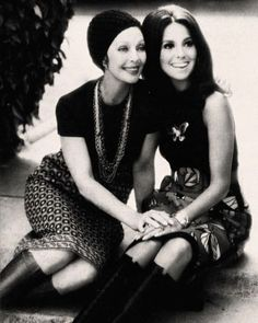 Loretta Young with her god-daughter Marlo Thomas (daughter of actor Danny Thomas) photographed in 1972.