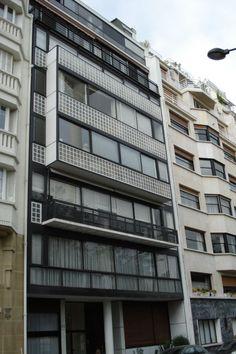 Paris france le corbusier and frances o 39 connor on pinterest for Le molitor paris