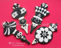 This is my second entry for the Fancy Flours contest. I wanted to do something a little bolder and go with black and white, but still add some jewelry bling.   Find Hundreds of the Latest Sweepstakes & Contests Updated Daily. Start Winning Cash & Prizes Today! http://sweepstakes13.com/register