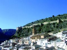 Llombai pueblo Valencia, San Francisco Skyline, Mansions, House Styles, Travel, Paths, Viajes, Traveling, Luxury Houses