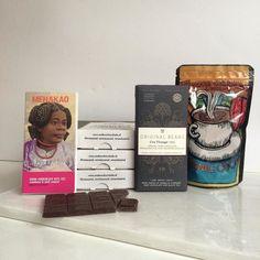De win win win winter winactie al gecheckt op de Andere Chocolade facebookpagina? Dit mooie pakket is de prijs!  #win #actie #winnen #prijs #hoofdprijs #winactie #chocolade #prijsvraag #feelinglucky #warmechocolademelk #anderechocolade #chocoladeverzekering