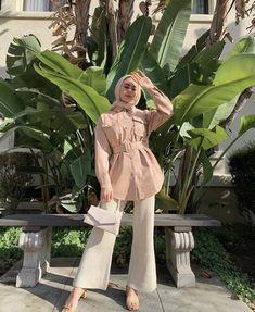 Modest Fashion Hijab, Modern Hijab Fashion, Hijab Casual, Hijab Outfit, Fashion Outfits, Hijab Office, Cute Instagram Pictures, Daily Dress, Muslim Women