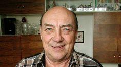 Ve věku 83 let zemřel bývalý hokejový a fotbalový reprezentant Vlastimil Bubník (na snímku z 18. března 2001).
