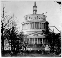 The Inauguration of Abraham Lincoln March 4 1861 at the unfinished Capitol Washington DC. American Presidents, American Civil War, American History, Presidents Wives, Old Pictures, Old Photos, Vintage Photos, Time Pictures, Zeppelin