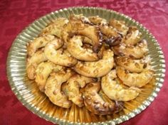 Croissants aux pignons Croissants, Biscuits, Shrimp, Meat, Desserts, Food, Sweet Recipes, Eat, Crack Crackers