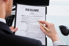 Finding the right balance for the length of a resume is one of job seekers most difficult tasks. Here's the answer to: How long should a resume be?