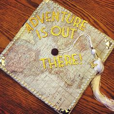 "One of the most entertaining parts about a graduation is seeing all the great grad cap ideas people come up with. While ""Thanks, Mom and Dad"" is Graduation 2016, Graduation Cap Designs, Graduation Cap Decoration, High School Graduation, Graduate School, Graduation Stole, Graduation Theme, Abi Motto, Grad Hat"