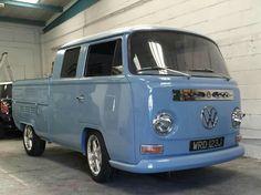 Volkswagen Bus, Vw Camper, Doka, Beetle Car, Combi Vw, Vw Beetles, Campervan, Vintage Cars, Cool Cars