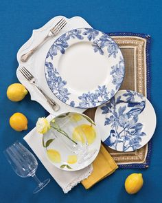 Timeless Blue and White Tablescape Two Ways - Southern Lady Magazine Thanksgiving Table Settings, Thanksgiving Tablescapes, Amalfi, White Table Settings, Blue Dishes, Southern Ladies, Fall Table, Blue And White, Table Decorations