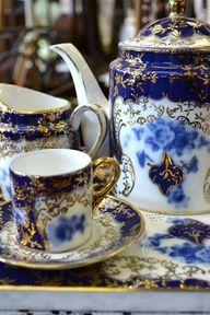 lovely flow blue china, Tea time Z Blue And White China, Blue China, Blue Gold, White Gold, China China, Dark Blue, Tea Cup Saucer, Tea Cups, Café Chocolate