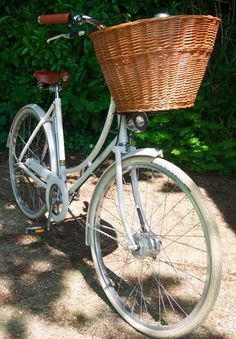 Vintage Style Pashley Bike for sale....perfect for beautiful summer days