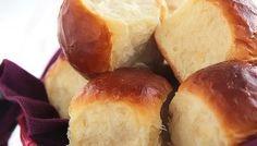 Ultra Fluffy Milk Bread Rolls