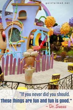 Virtual tour of the Islands of Adventure theme park at Universal Orlando resort. Learn about the layout of the park, and what rides you'll find here. Orlando Travel, Orlando Resorts, Universal Studios Florida, Universal Orlando, Vacation Deals, Best Vacations, Orlando Theme Parks, Disney World Tips And Tricks, Disney Tips
