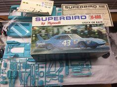 1970 Richard Petty Plymouth Superbird 1:25 Model Car Kit Unbuilt Second Issue #JoHan