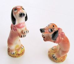 Adorable BEGGING DACHSHUNDS WIENER Dogs by TextilesandOldThings, $29.00